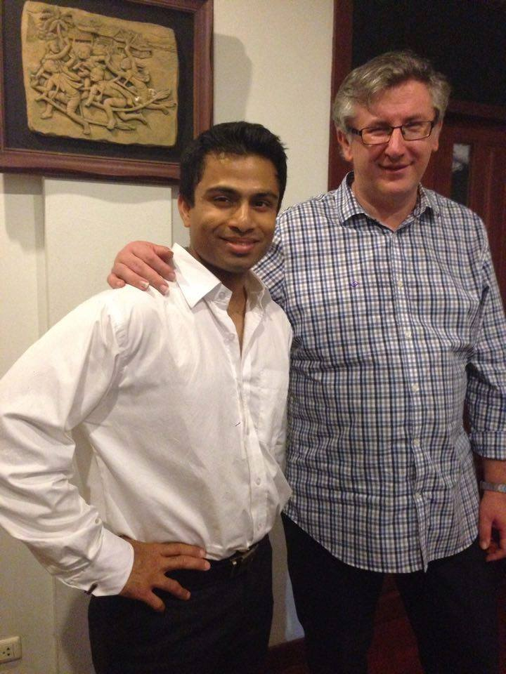 Yogi Ponappa (L) and Dr Paul Cesarczyk (R) after the lecture at Thailand Guitar Society Hall
